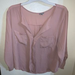 Pink blouse with pockets